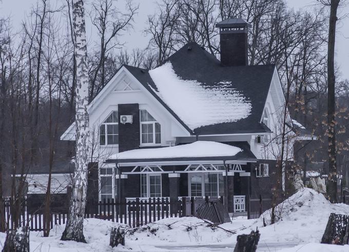 Коттеджный поселок БЕРЕЗКА  —  All seasons